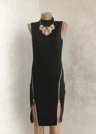 Вечернее чёрное платье в обтяжку футляр по фигуре