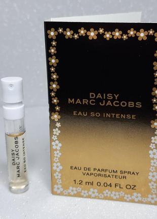 Daisy marc jacobs eau so intense