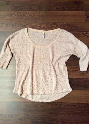 Фактурный легкий свитер с пайетками