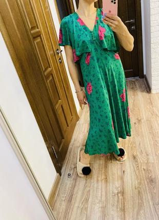Платье миди в цветочный принт, платье изумрудного цвета