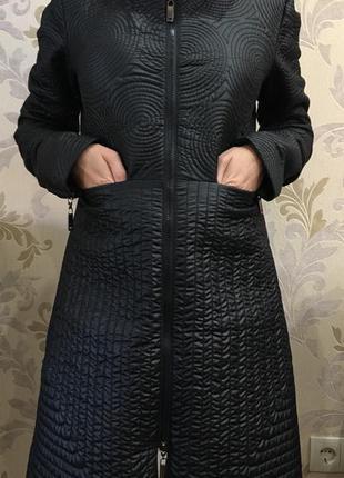 Трендове оригінальне пальто emporio armani