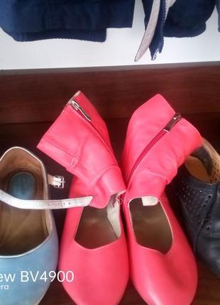 3пари обуви летней за 200грн