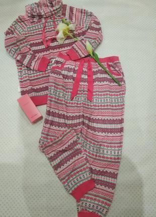 Пижама, костюмчик для дома в модном  ярком принте на размер m-l (14) tu