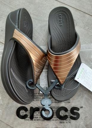 Crocs monterey шлепанцы на платформе босоножки шлепки сабо вьетнамки сланцы кроксы новые! р.36 - 37 w6 crocs w6