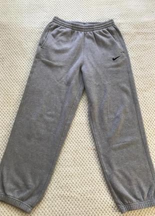 Широкие штаны nike