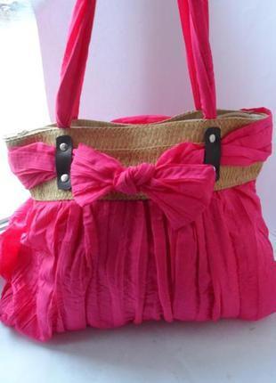 Модная сумка цвета фуксии шик лето.