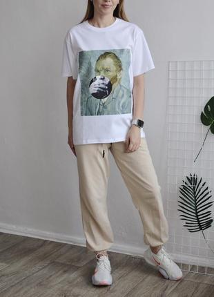 Женская базовая белая футболка оверсайз ван гог
