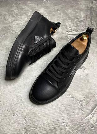 Кожаные туфли кеды