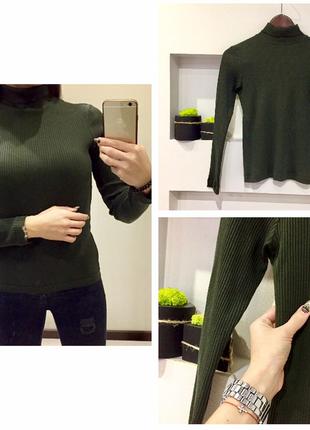 Роскошьный зелёный гольф хакки в рубчик /свитер
