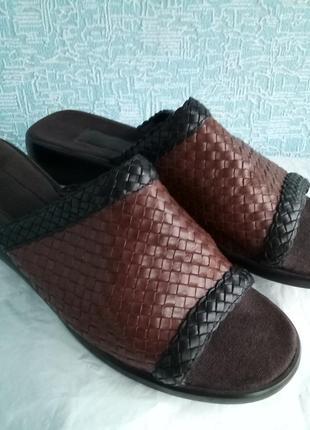 Плетеные кожаные мюли шлепки шлепанцы bandolino