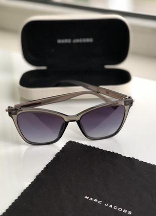 Солнцезащитные очки marc jacobs. оригинал!