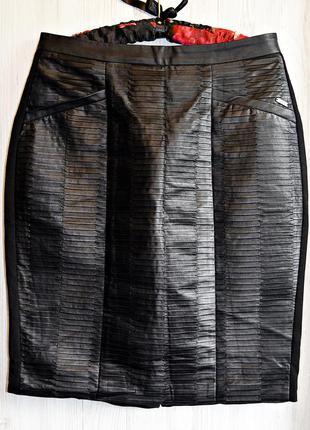 Очень классная из эко-кожи юбочка миди с разрезом фирмы dept оригинал