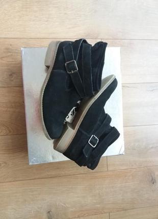 Замшеві черевики 37 р. (24.5 см.)