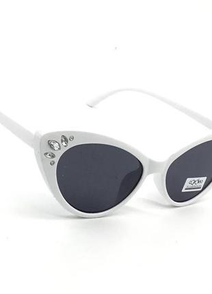Белые очки с полимерной линзой