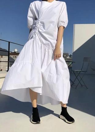Белое платье миди свободного кроя котоновое