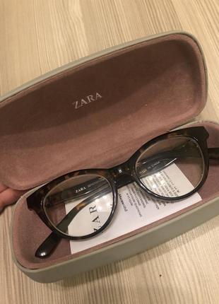 Іміджеві окуляри zara