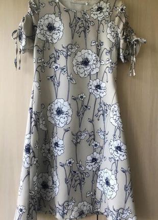 Платье в цветочный принт bgn / m / xl