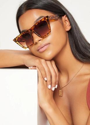 Тренд большие солнцезащитные очки трапеция леопардовые коричневые ретро окуляри сонцезахисні