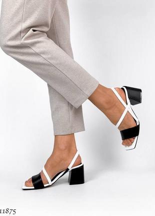 Босоножки на толстом каблуке, кожаные босоножки