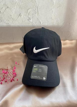 Кепка nike найк оригінал 100% нова чорна кепка унісекс з логотипом