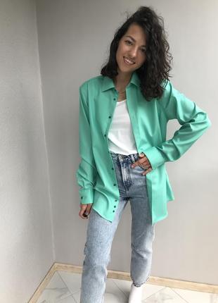 Трендовая зеленая оверсайз рубашка от venti.