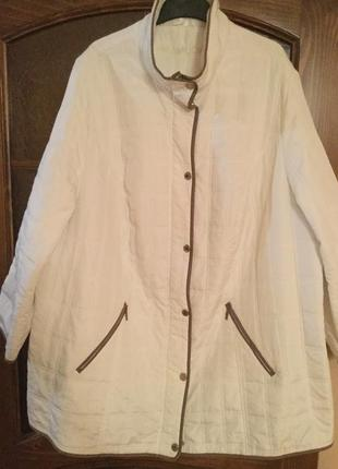 Лёгкая стёганная куртка большого размера