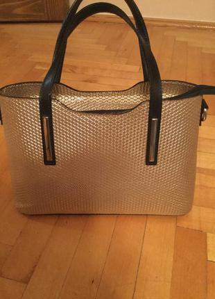 Кожаная итальянская дамская сумочка