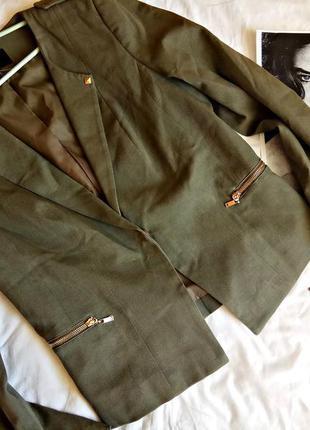 Шикарный пиджак в стиле милитари