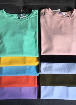 Коралловая качественная футболка