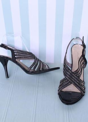 Черные босоножки 40 размера на шпильке, каблуке