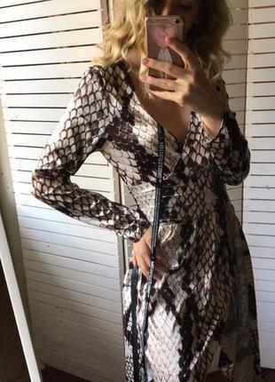 Sale🔥шикарное платье в актуальный змеиный принт от plt