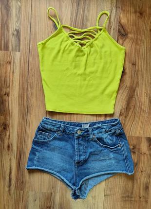 Комплект джинсовые шорты и топ s