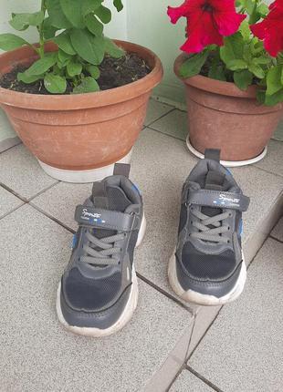 Кроссовки для мальчика, размер 29