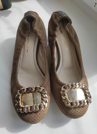 Кожаные туфли fellini 38 размер