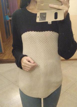 Крутой стильный теплый свитерок качественный свободный свитер