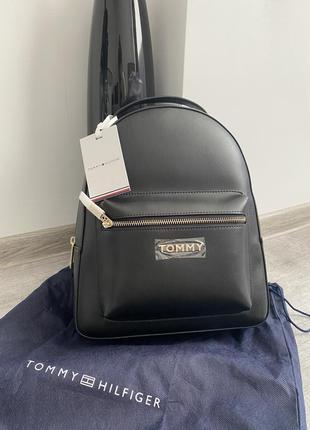 Рюкзак чорний tommy hilfiger