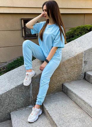 Женский летний спортивный костюм