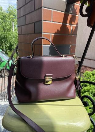 Gio & co milano. класична сумка. бордового кольору