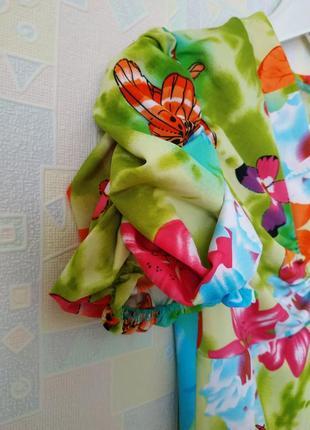 Футболка из ярких неоновых красок вискоза принт бабочки рукав фонарик3 фото