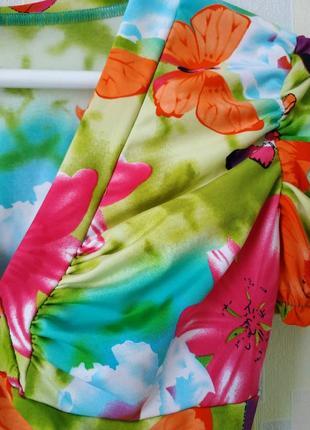 Футболка из ярких неоновых красок вискоза принт бабочки рукав фонарик4 фото