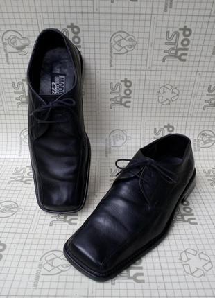 Modern classic мужские туфли кожа черные квадратный носок 42 р 28 см