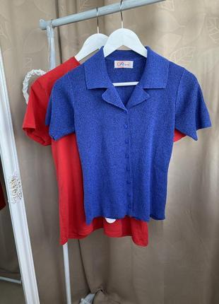 Трикотажна синя футболка з комірцем