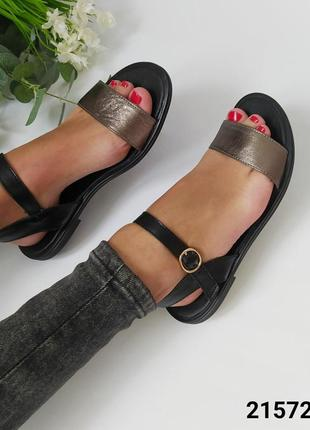 Шкіряні босоніжки сандалі