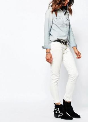 711 женские джинсы скинни levi's