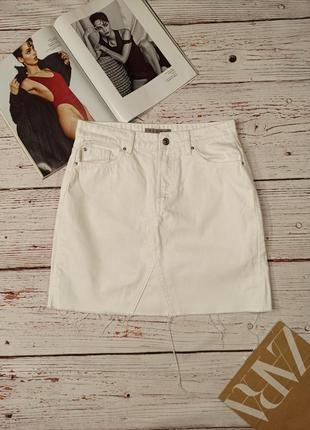 Белая джинсовая юбка