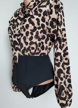 Боди-блуза на завязку,  в леопардовый принт.  s