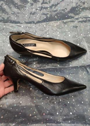 Туфли лодочки на небольшом каблуке натуральная кожа