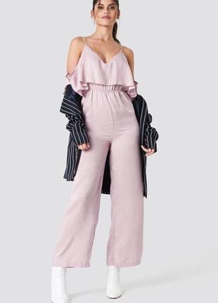Шикарный розовый ромпер