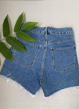 Крутые джинсовые шорты с высокой талией