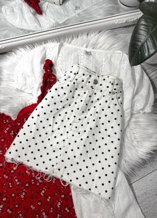 Джинсовая юбка в горох